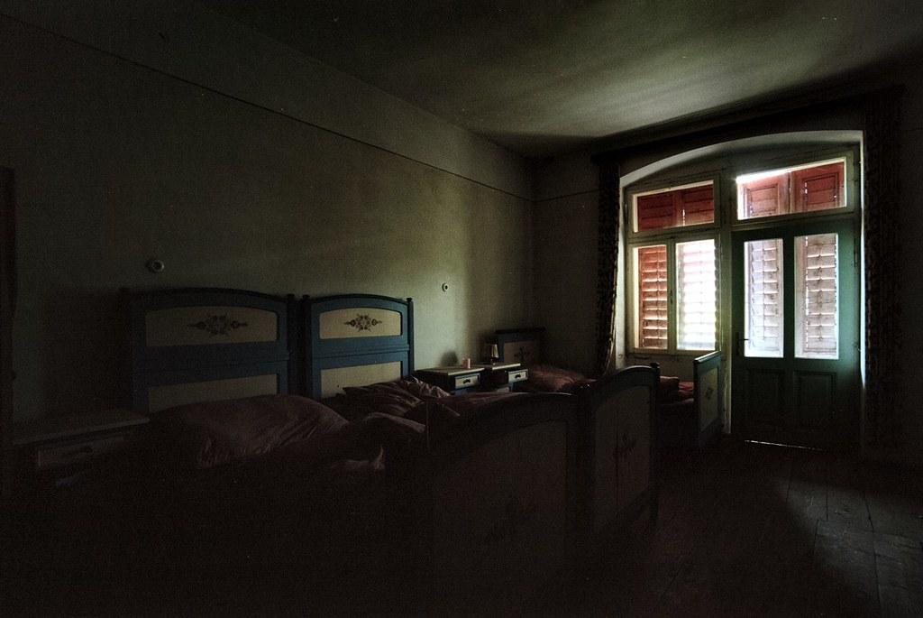 Dunkles Zimmer Www Ungutknut At Wolf Ulf Wulfrolf Flickr
