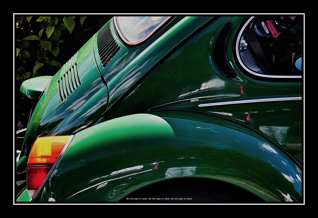 1973 Volkswagen Super Beetle 1303 in Green : Rear Side Vie… | Flickr