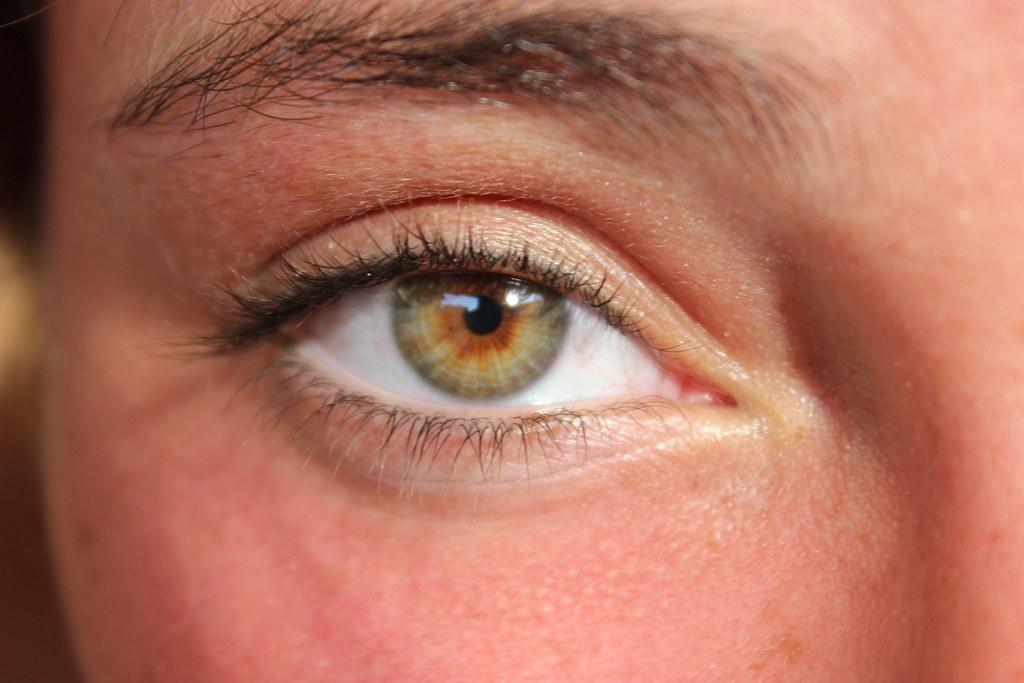 Les yeux sont le miroir de l 39 me nei tuoi occhi leggo il for Le miroir de l ame