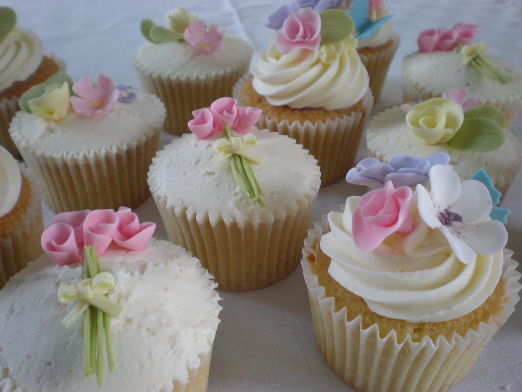 Summer Wedding Cupcakes