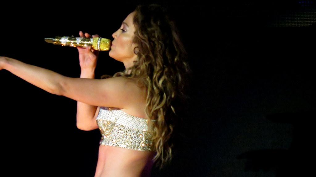 Jennifer Lopez | Pop Music Festival | 23.06.2012 | Ana Carolina Kley ...