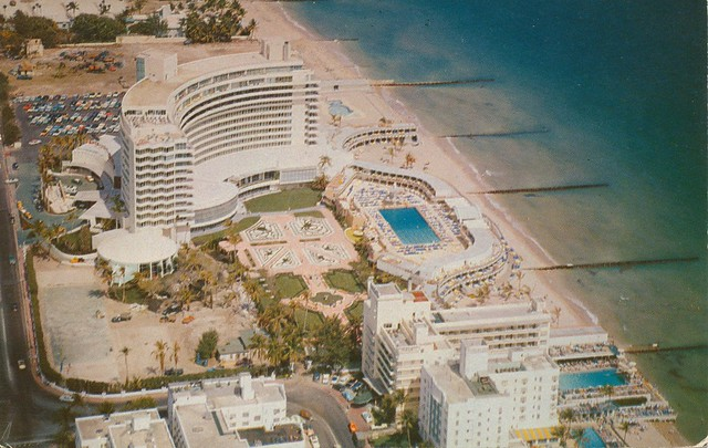 fontainebleau hotel - miami beach, florida | dominating