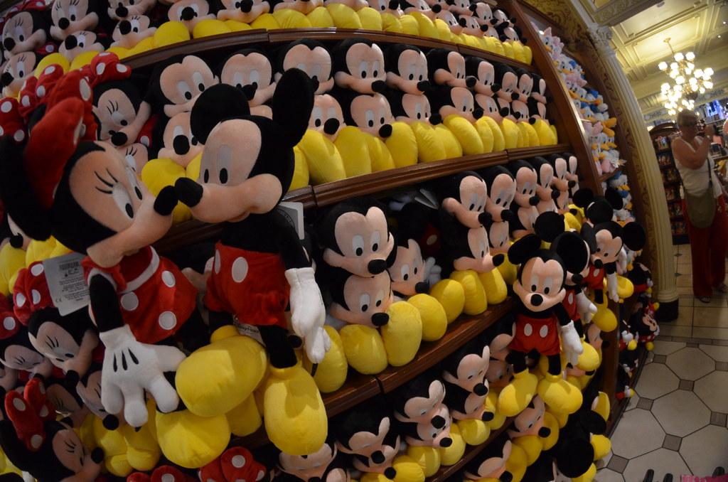 Cute Minnie Mouse Cake Ideas