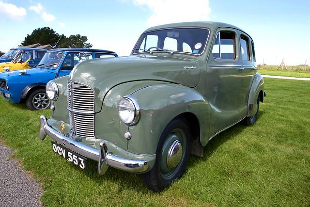 Austin a40 devon 4 door saloon 1947 1952 flickr photo for 1948 austin devon 4 door
