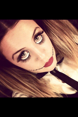 B. Creepy doll make-up | lucy_lonsdale | Flickr