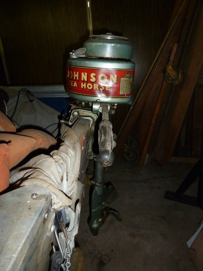 Antique johnson sea horse outboard motor thornhill for 4 horse boat motor