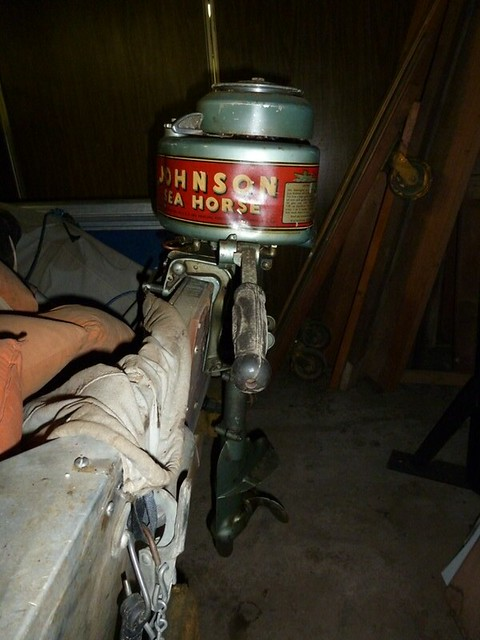 Antique johnson sea horse outboard motor explore for 4 horse boat motor
