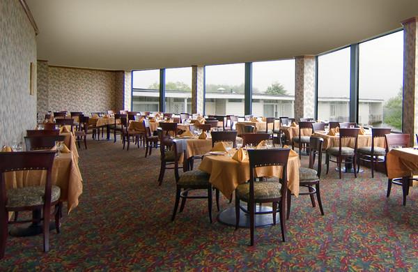 Hudson valley resort restaurant view