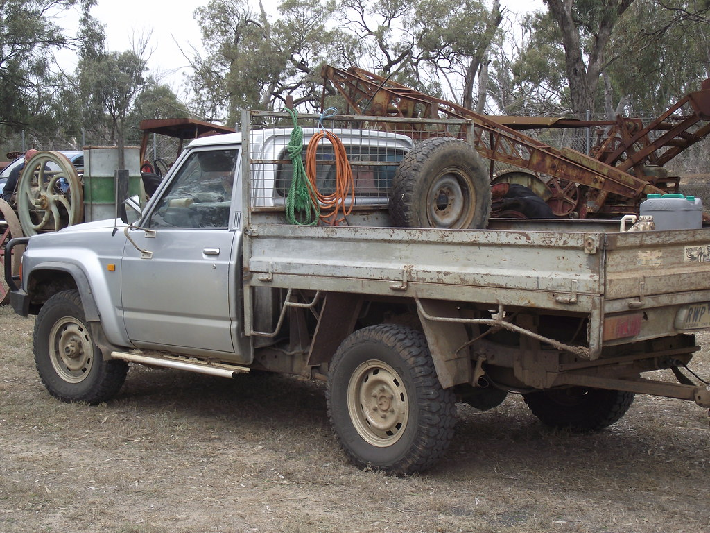1992 nissan patrol 4x4 ute another ute out the back of the flickr. Black Bedroom Furniture Sets. Home Design Ideas