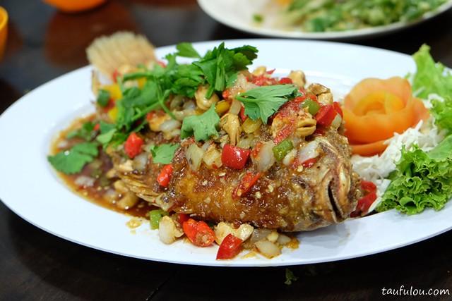 Eat Thai Food (10)