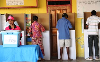 07.07.2012.Voters cast their ballot in Suco Ulmera, Distric Liquisa during Timor-Leste's 2012 Parliamentary Elections. | by United Nations Development Programme