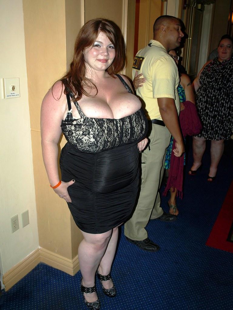 amazon tall woman hot girl