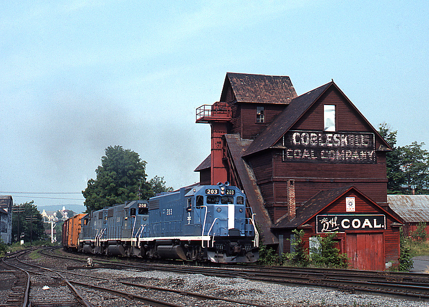 Cobleskill Coal D Amp H Train Ne 84 Rolls Into Cobleskill