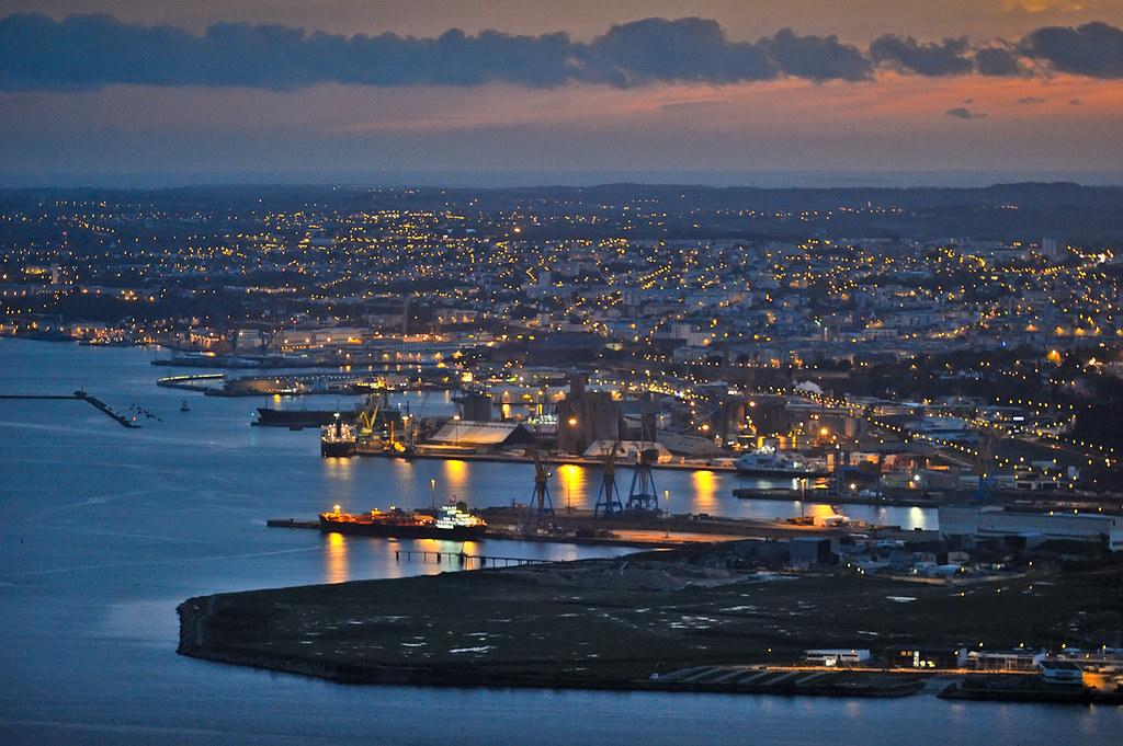 dsc 0762 le port de brest au cr 233 puscule avec le temps ac flickr