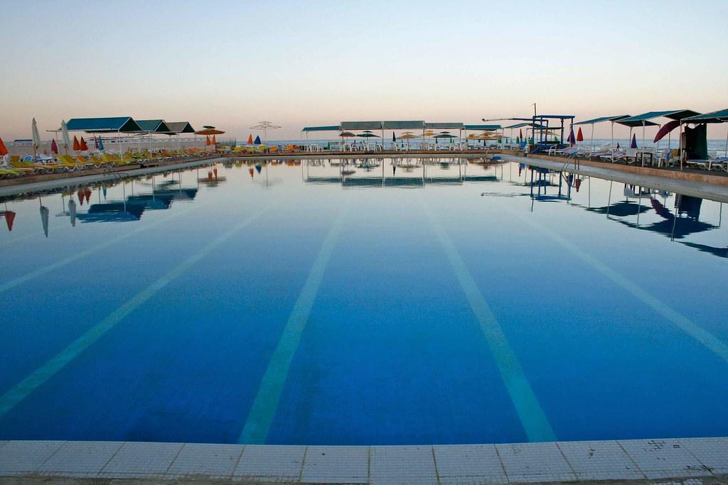 Long Beach Swimming Pool Complex Beirut Where I Swim Flickr
