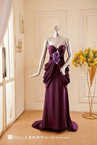 拍照婚紗和宴客禮服怎麼選?讓高雄kiss99婚紗告訴你:宴客用禮服