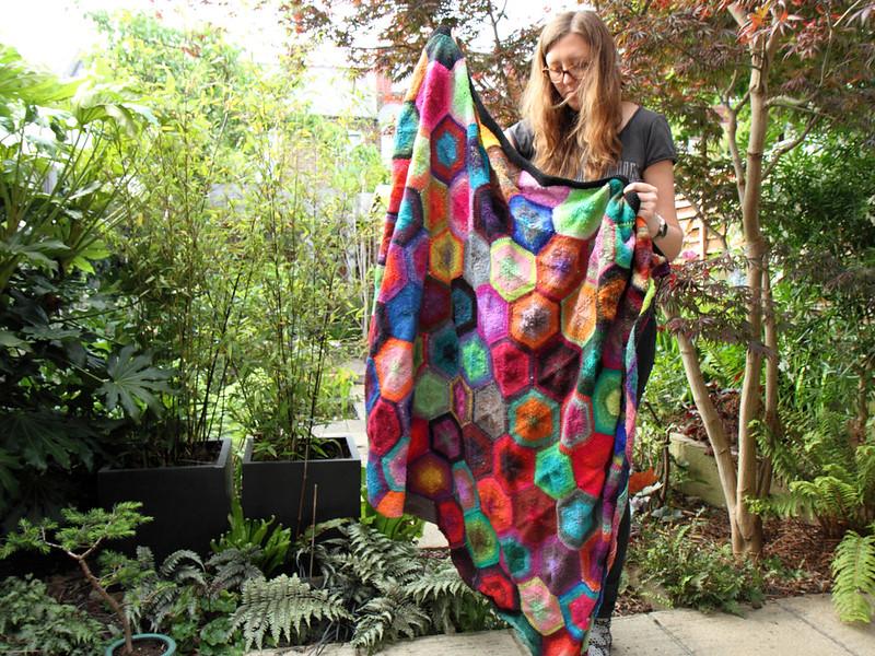 Cerys Hexagon Blanket in Noro Kureyon