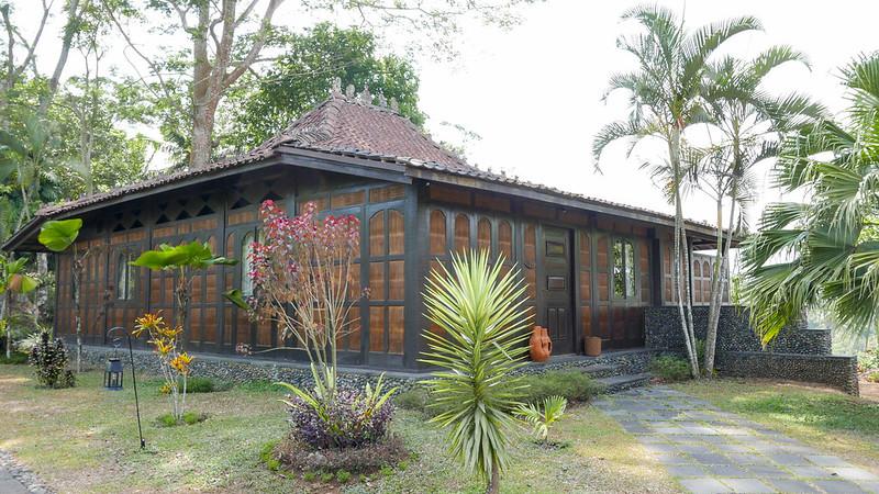 27489271153 b780dc250a c - REVIEW - Mesastila Resort, Central Java (Arum Villa)