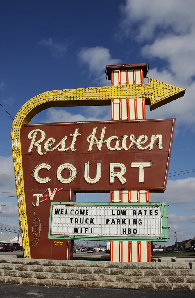 Rest haven court on route 66 springfield missouri flickr for White motor company springfield mo