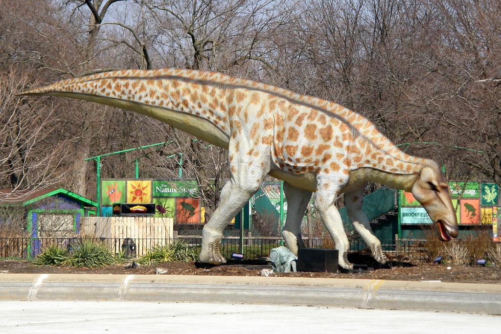 R Dinosaurs Alive Brookfield Zoo Dinosau...