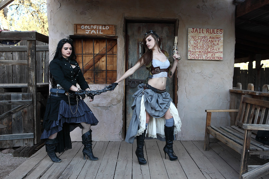 Krash Cosplay And Elfyaubrie Goldfield Ghost Town What S