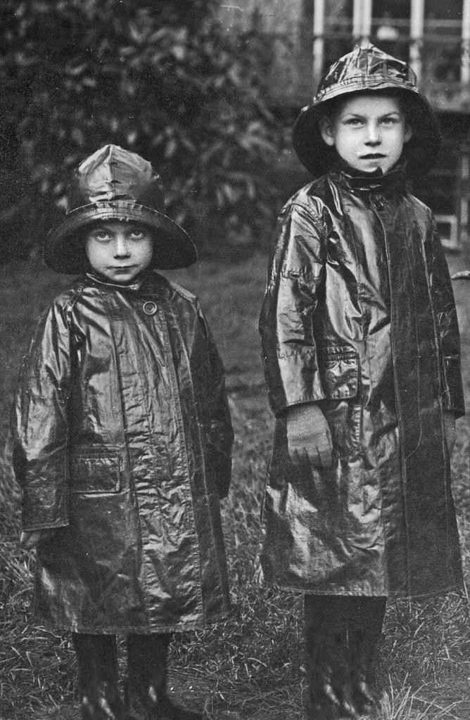 Raincoat For Kids Online India