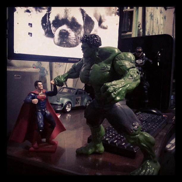 Man of Steel vs Hulk | Dart Nov | Flickr