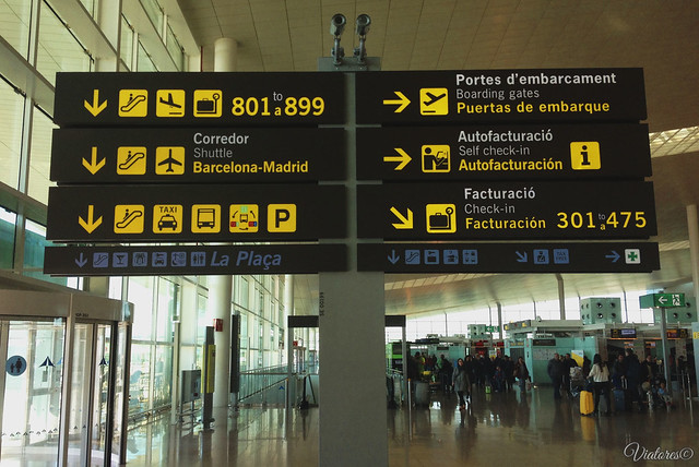 Info. Airport Barcelona. Spain
