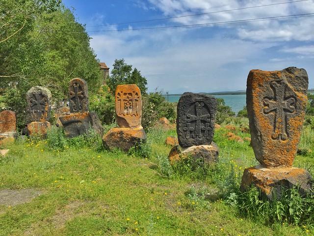 Cruces en el Lago Sevan (Armenia)