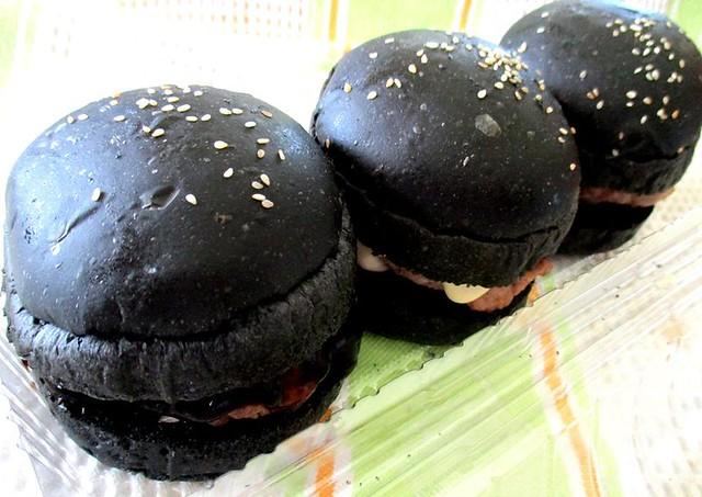 Mini-burgers from Lim