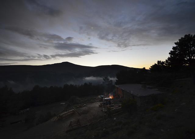 El campamento de Aventura Polar en el Sur por la noche