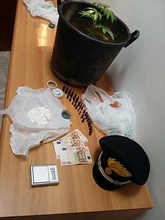 cocaina e proiettili - Turi