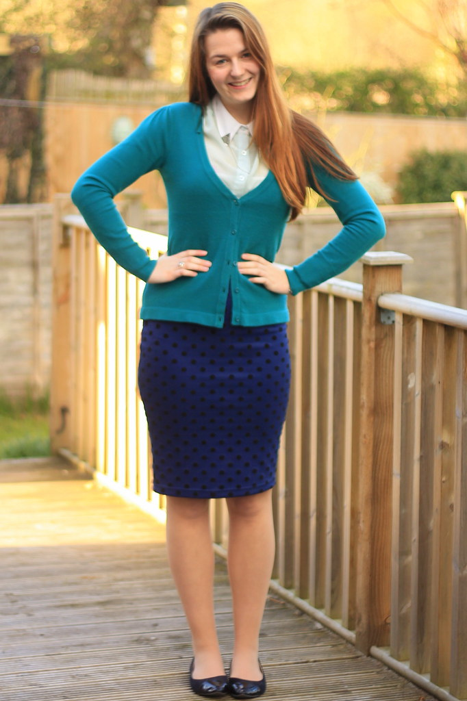 ootd outfit of the day green cardigan collar clips pol