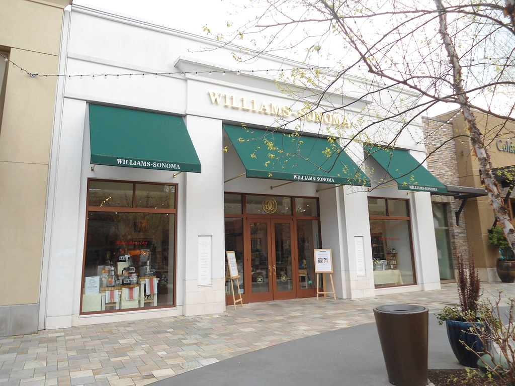 Alderwood Mall jobs available on truemfilesb5q.gq Apply to Seasonal Associate, Retail Sales Associate, Sales Associate and more!