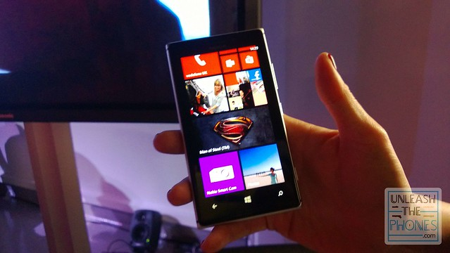 how to download adobe flash player on nokia lumia 925