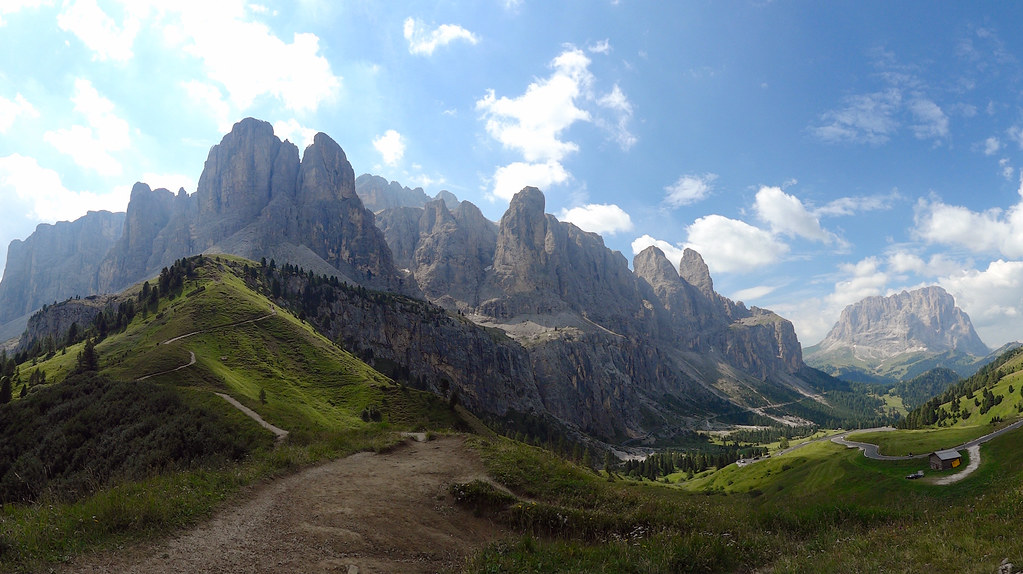Panorama of the dolomites mountains sella group or sellag for Where are the dolomites located in italy