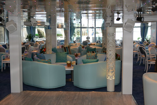 Salon bar a bord du ms cyrano de bergerac croisieurope - Salon de the bergerac ...