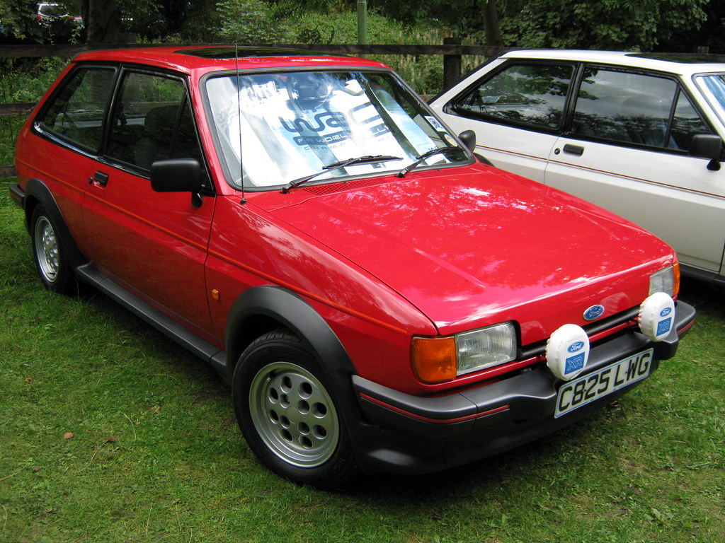 1986 ford fiesta mk2 1597cc xr2 c825lwg registration. Black Bedroom Furniture Sets. Home Design Ideas