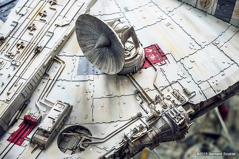 Paper Star Wars Millennium Falcon by Bernard Szukiel