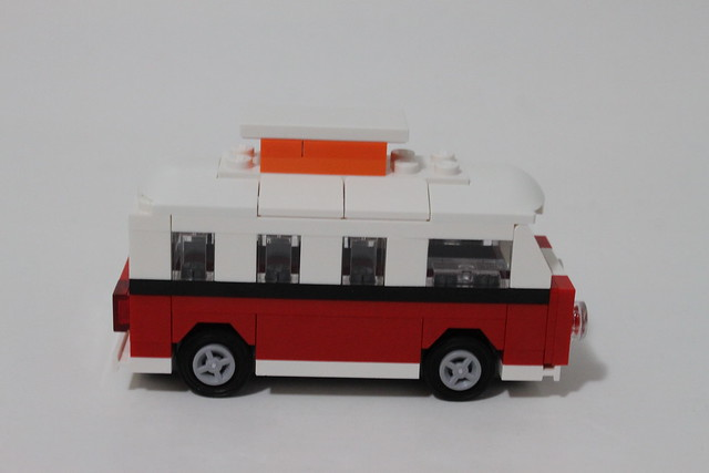lego creator mini volkswagen t1 camper van 40079. Black Bedroom Furniture Sets. Home Design Ideas