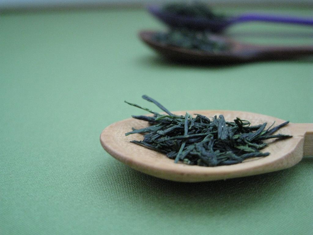 Výsledek obrázku pro tea leaves