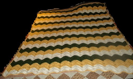 Crochet Pattern Green Bay Packer Afghan : The Crochet Crowd Ocean Waves Throw Samantha Kelley ...