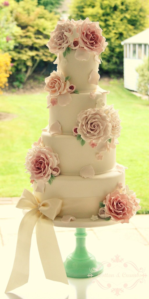 wedding cake with rose petals roses and petals wedding cake delivered to homme house 26958