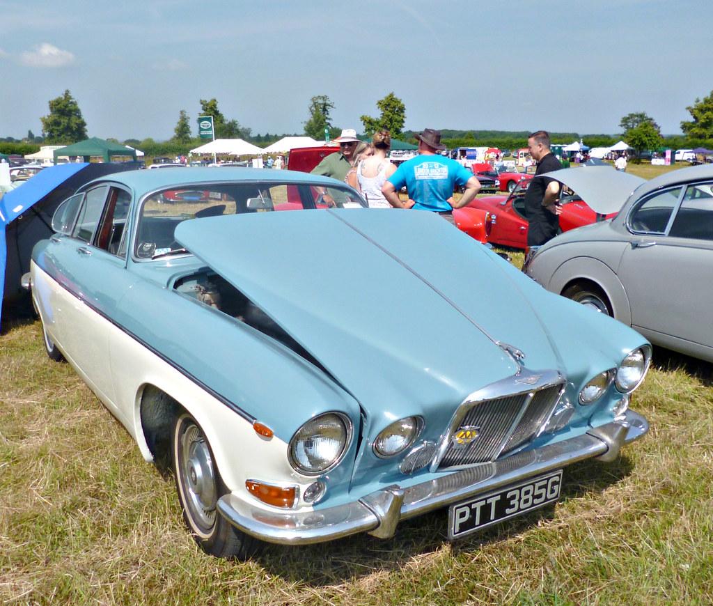 Clandon Classic Car Show