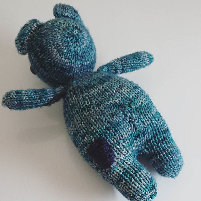 patchy - butt 😁 my son thinks it's cool so it's fine with me! #knittersofinstagram #injuredteddybear #craftastherapy