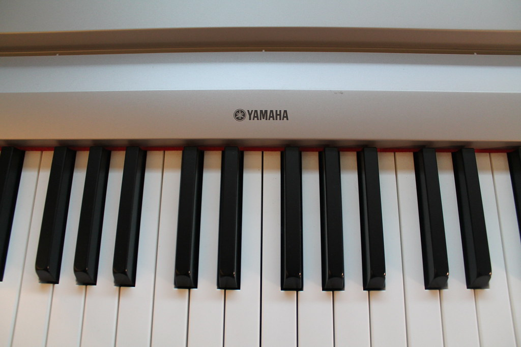 yamaha electronic piano keyboard 500 full size touch s flickr. Black Bedroom Furniture Sets. Home Design Ideas