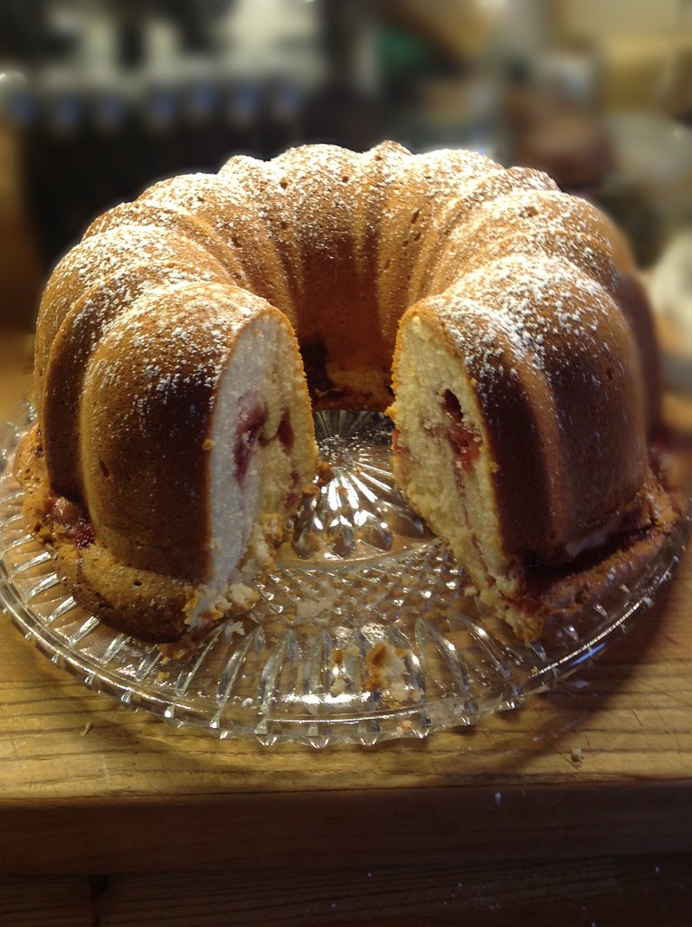 Cream Cheese Pound Cake Recipe With Glaze