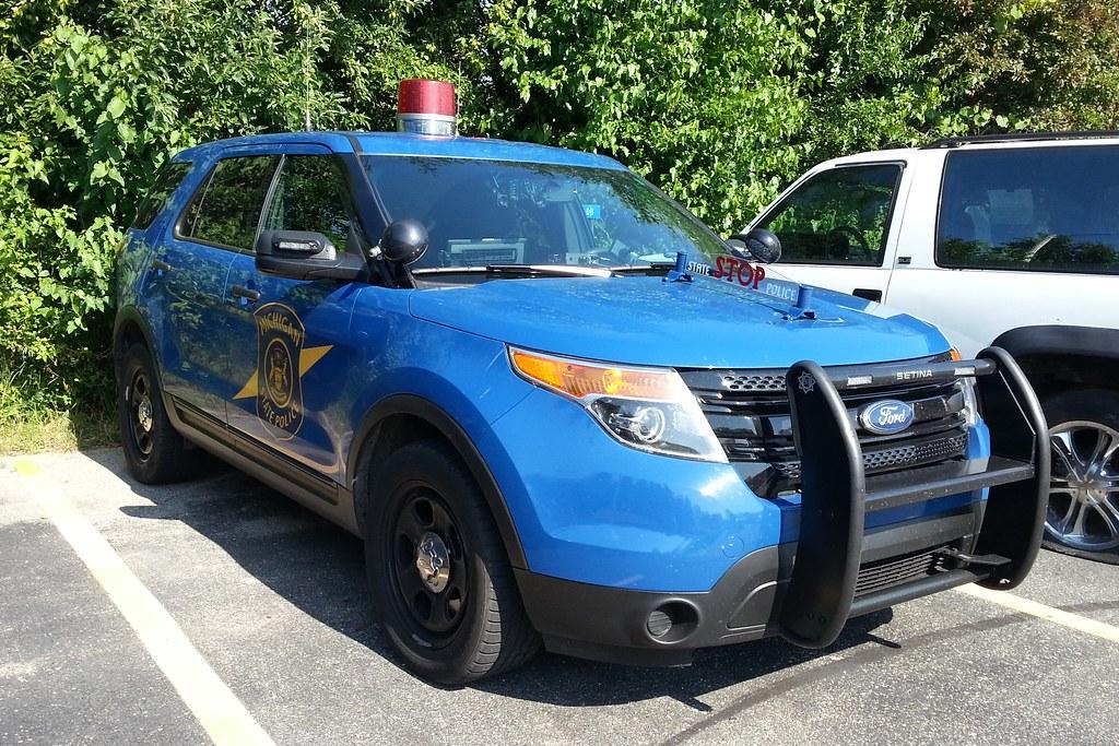 Two Dark Blue Ford Crown Victoria Police Interceptors ...  |Blue Ford Interceptor