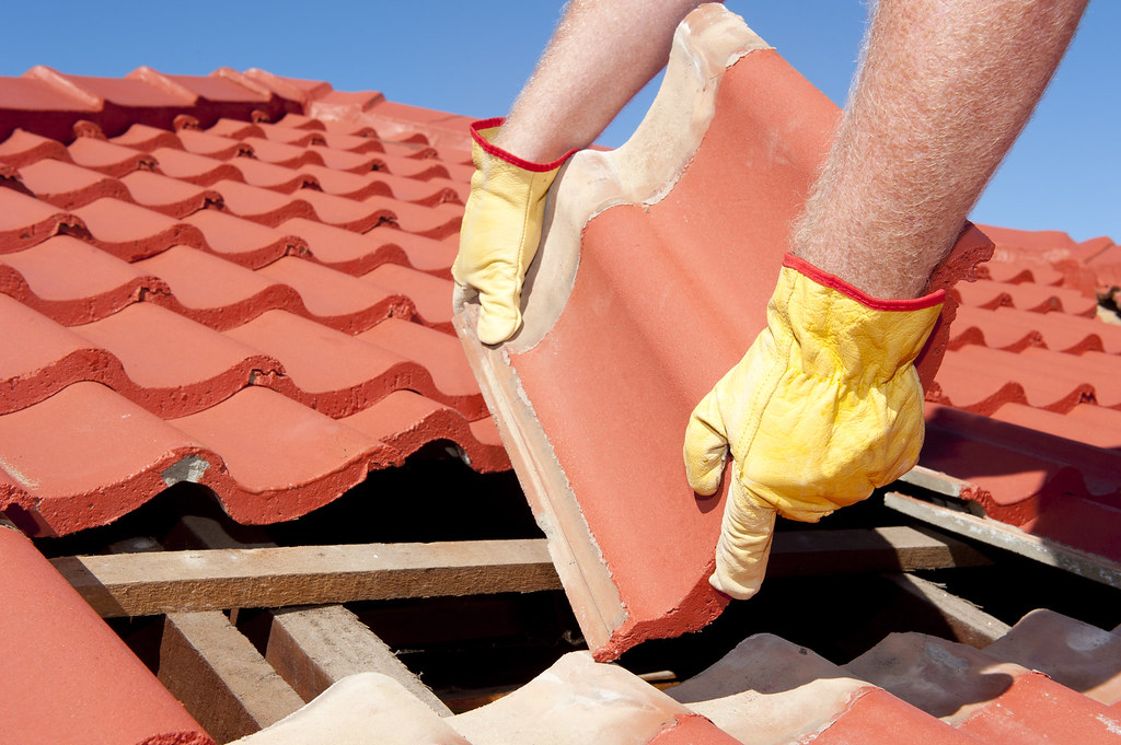 Replacing a shingle on a home