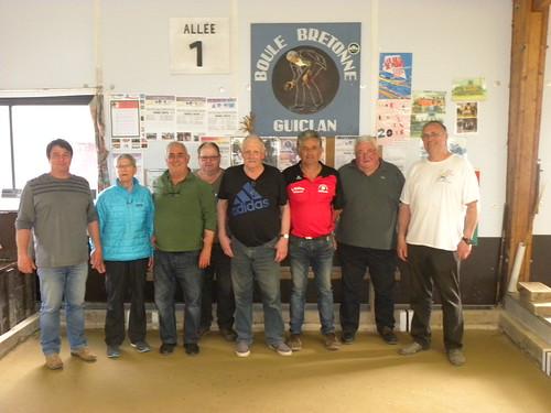 11/06/2016 - Guiclan : Les finalistes du concours de boules plombées en doublettes mêlées